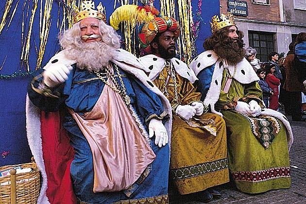 We Three Kings Lyrics
